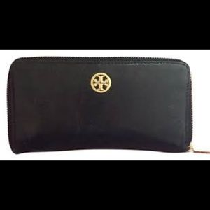 Tory Burch Dena wrap around wallet